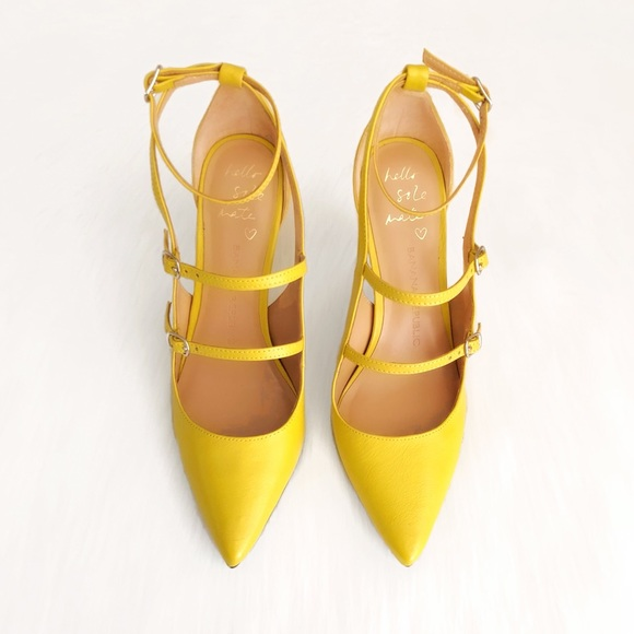 Banana Republic Shoes - Banana Republic shoes